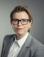 Ariane Hecker neu